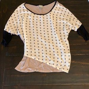3/4 sleeve blouse size S